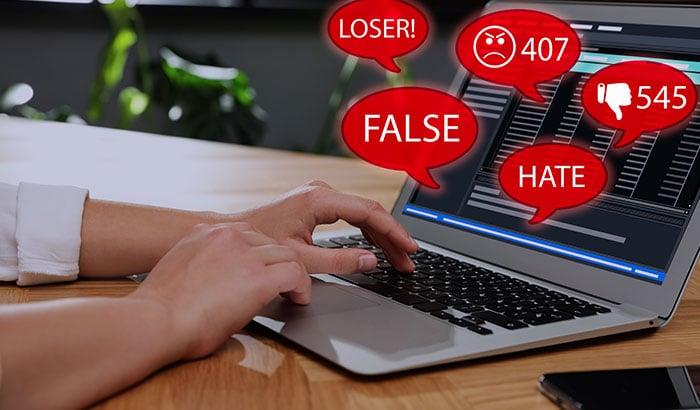 How-Brands-Should-Handle-Negative-Comments-on-Social-Media